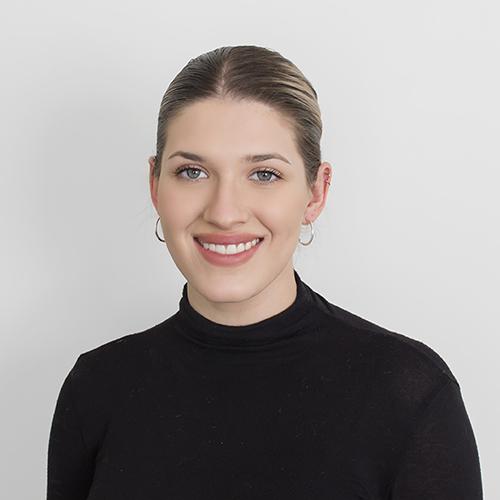 Chloe Becker